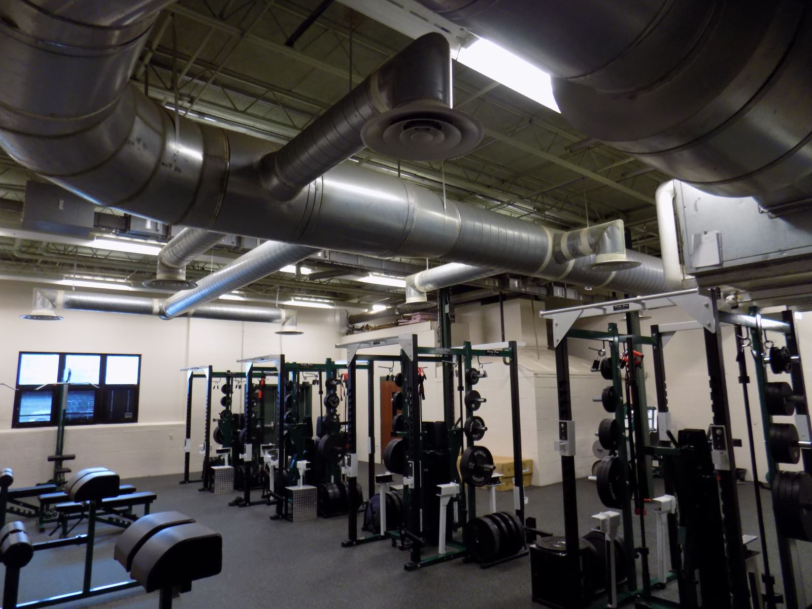 New weight and fitness rooms northridge local schools